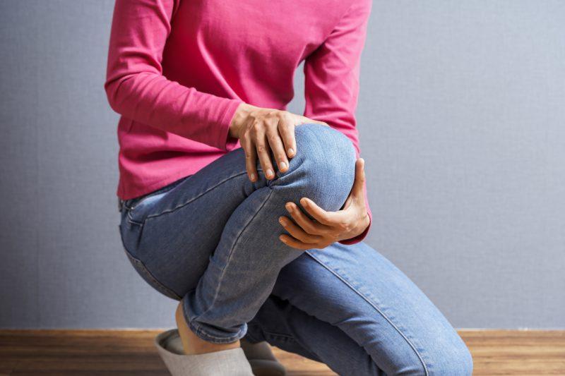 膝痛の原因は?痛みを改善するための6つのポイント